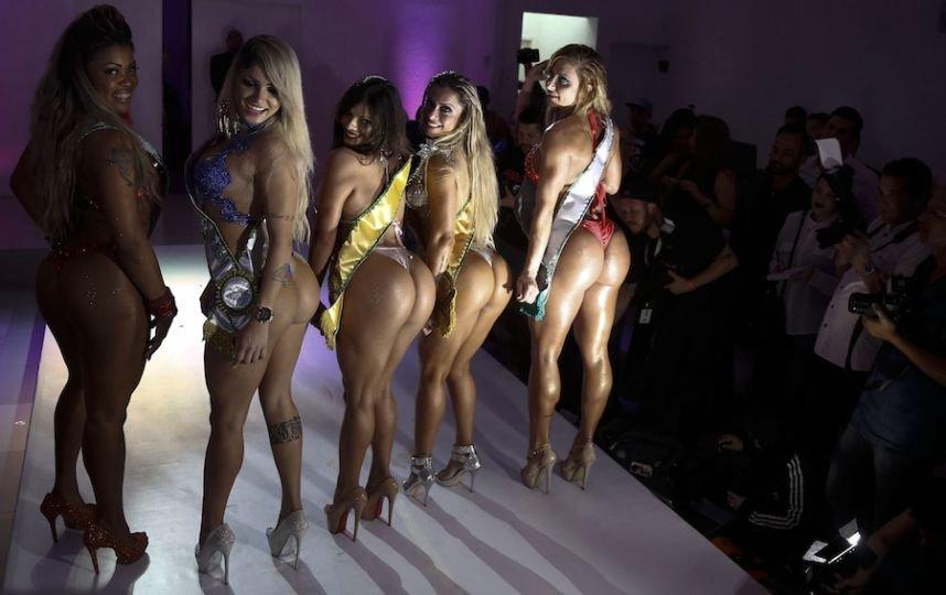 Видео задницы конкурсы шикарных, лицо с открытым ротиком порно фото