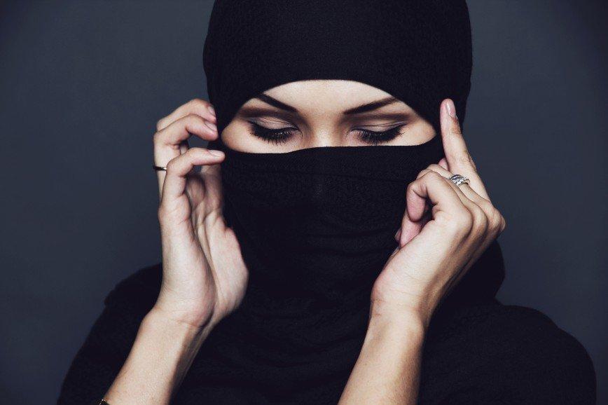 Хиджаб как «детектор лжи»