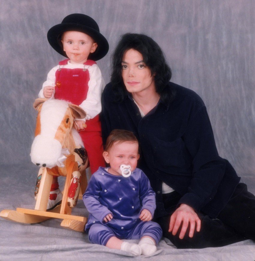 Дочь Майкла Джексона тайно вышла замуж?