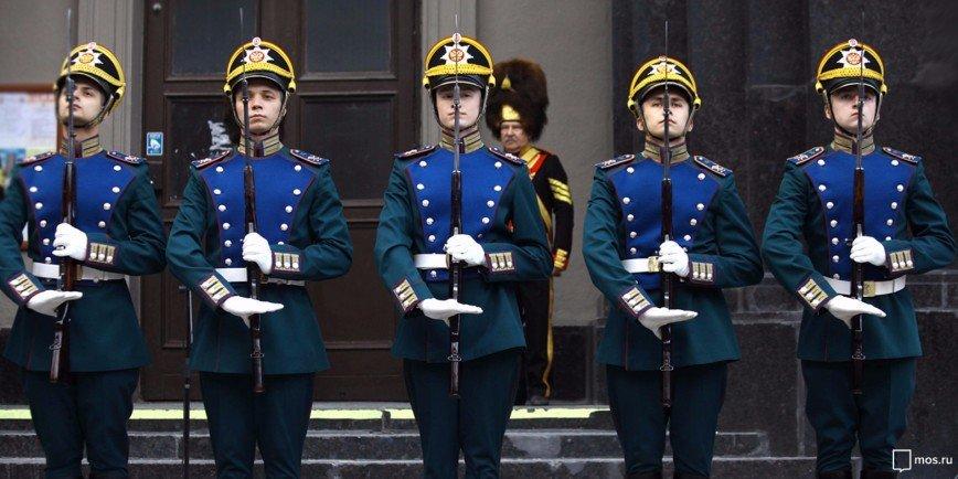 В «Ночь музеев» москвичам бесплатно покажут церемонию развода караулов