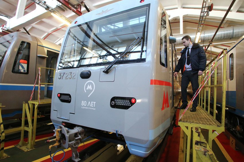В московском метро появился поезд на автопилоте