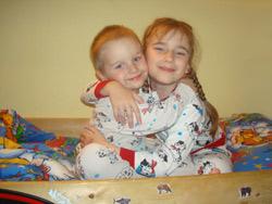 [b]Многодетная семья Кочетовых - 4 детей[/b] [br]  Москва, м.Петровско-Разумовская. [br]  Дети: мальчик 14 лет (1995), девочка 8 лет (2001), мальчик 4 года (2005), мальчик - родился в День города (2009). В собственности однокомнатная хрущевка общей площадью 30 метров, поэтому с момента рождения третьего ребенка (с лета 2005 года) снимают квартиру большей площади для обеспечения детям нормальных жилищных условий. 9 декабря 2009 года получили очередной отказ в постановке на учет нуждающихся в содействии города Москвы в приобретении жилья. Мотивировка отказа: папа прописался в московскую квартиру только с рождением второго ребенка, в 2001 году, поэтому с точки зрения чиновников и не проживал с семьей все предыдущее время (брак зарегистрирован в 1994 году). На основании этого маме и всем детям отказано в помощи Москвы в приобретении жилья. Когда стало понятно, что самостоятельно приобрести квартиру семья не сможет, решили построить свой дом в Подмосковье. Строительство шло по мере возможности 8 лет, но в июле 2007 года дом подожгли мальчишки 12 лет и он полностью сгорел. Официально оба родителя безработные. Муж зарабатывает, но все деньги уходят на оплату съемного жилья и оплату долгов.[br] [b]Нужна помощь: [/b][br]Одежда, обувь (по мере возникновения необходимости в таковой). Прогулочная коляска (не трость) к весне.  Услуги адвоката по гражданскому иску (по поводу сгоревшего дома). Высокий комод в детскую комнату.[p] [b]Размеры детей:[/b] [br] 1. Мальчик рост 170-176, размер 46, обувь 43.[br] 2. Девочка рост 134-140, обувь 35.[br] 3. Мальчик рост 104-110, обувь 28-29.[br] 4. Мальчик рост 62 (на начало декабря 2009).[p]   ОГРОМНОЕ СПАСИБО ВСЕМ ЗА ПОМОЩЬ! Вы нас вытаскиваете из долговой ямы, в которую нас загнал кризис и наше Правительство, не желающее признавать наши жилищные проблемы уже в течение 8 лет. [p]  [b][u]Отчет о помощи, подробнее о семье:  [/u][br] http://24sos.ru/index.php?do=static&page=anna[/b]