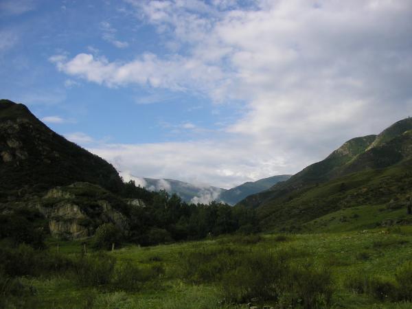 Высоко в горах близ села Ороктой
