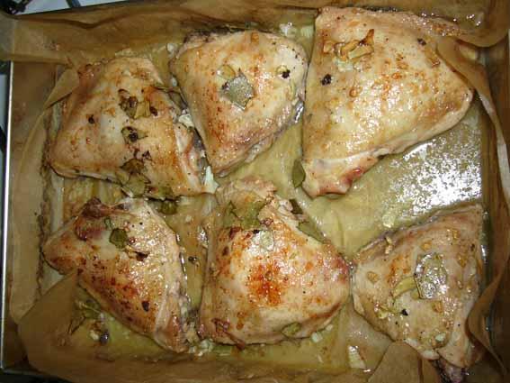 [b]Куриные бедрышки запеченные в духовке.[/b]