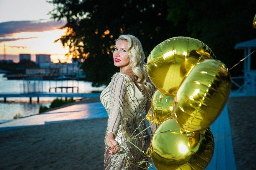 Екатерина Одинцова копирует стиль Елены Летучей