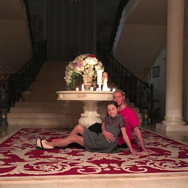 Анастасия Волочкова готовит дочь к карьере певицы