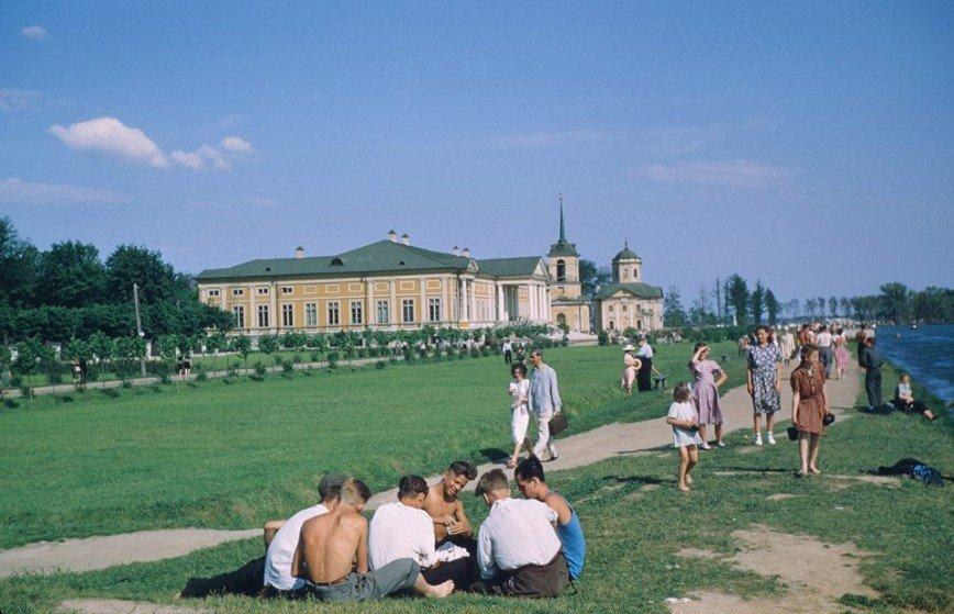 В США обнаружены сотни фото СССР 50-х годов