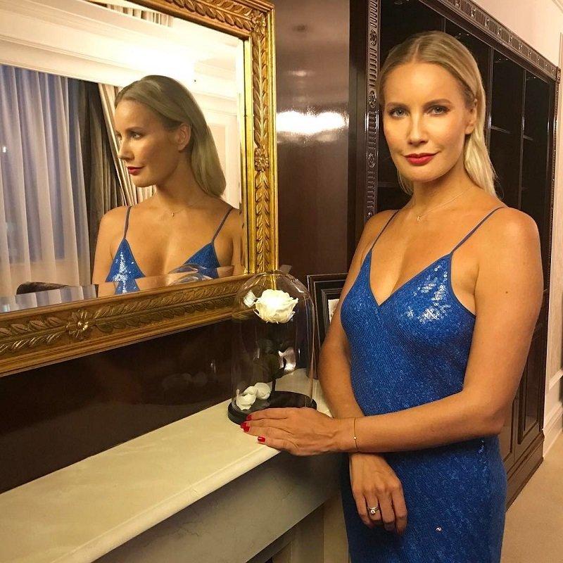 """Елена Летучая призналась, что обращалась к пластическому хирургу: [i]""""Я не хочу выглядеть искусственно, хочу утром просыпаться как """"Утреняя роза"""". Уверена, и Вы, ведь правда? А тем более сегодня,"""