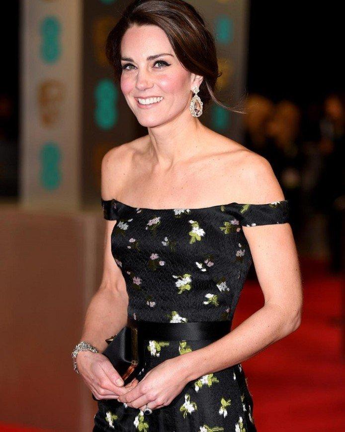 Кейт Миддлтон все-таки затмила звезд на церемонии BAFTA: Появление Уильяма и Кейт на церемонии неслучайно: с 2010 года герцог Кембриджский является президентом Британской киноакадемии и вместе с Кейт