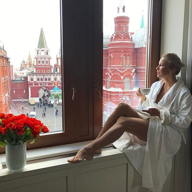 Елена Летучая призналась, что обращалась к пластическому хирургу