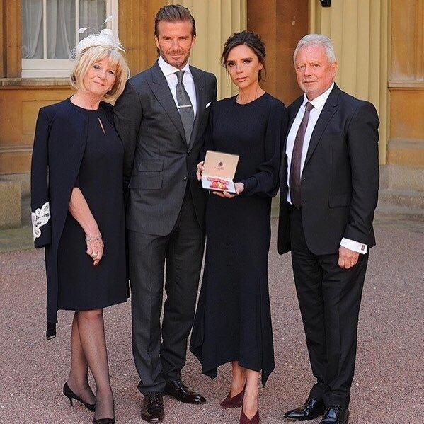 Викторию Бекхэм наградили орденом Британской империи