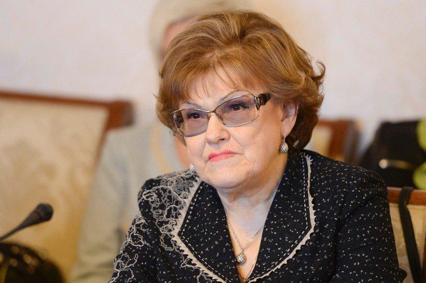 Людмила Вербицкая предлагает исключить из школьной программы Толстого и Достоевского