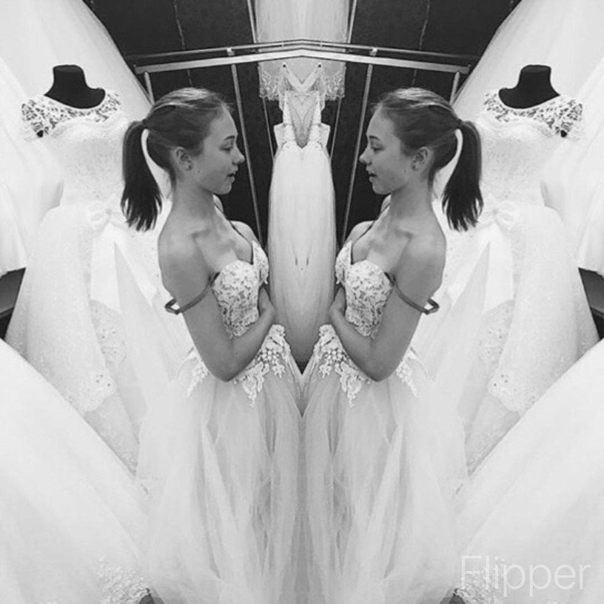 """""""На свадебное похоже"""": """"Пуговка"""" Катя Старшова переполошила снимком в белом платье"""