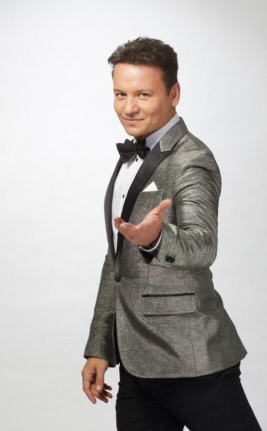 """""""И он ушёл с Первого"""": Александр Олешко станет ведущим «Ты супер! Танцы» на НТВ"""