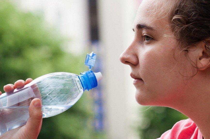 Пассажирам метро в жару будут раздавать воду