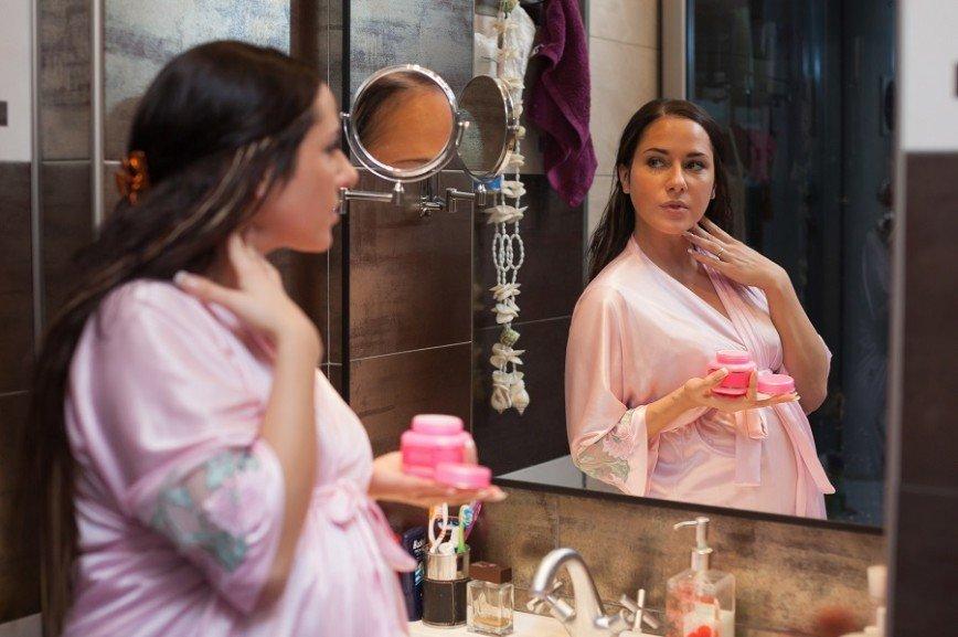 Беременным женщинам не стоит пользоваться кремами