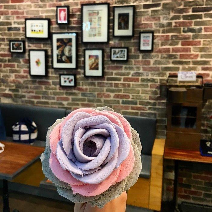 Розы из мороженого даже лучше, чем настоящие: