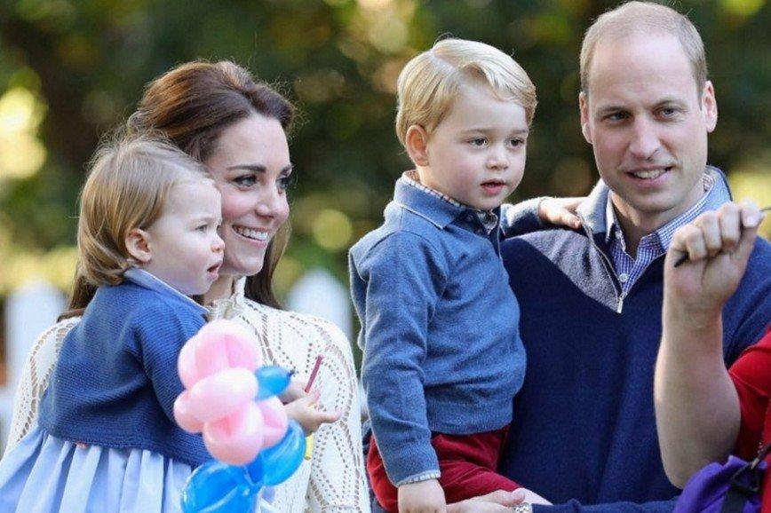 Джорджу и Шарлотте доверена важная миссия на свадьбе тети