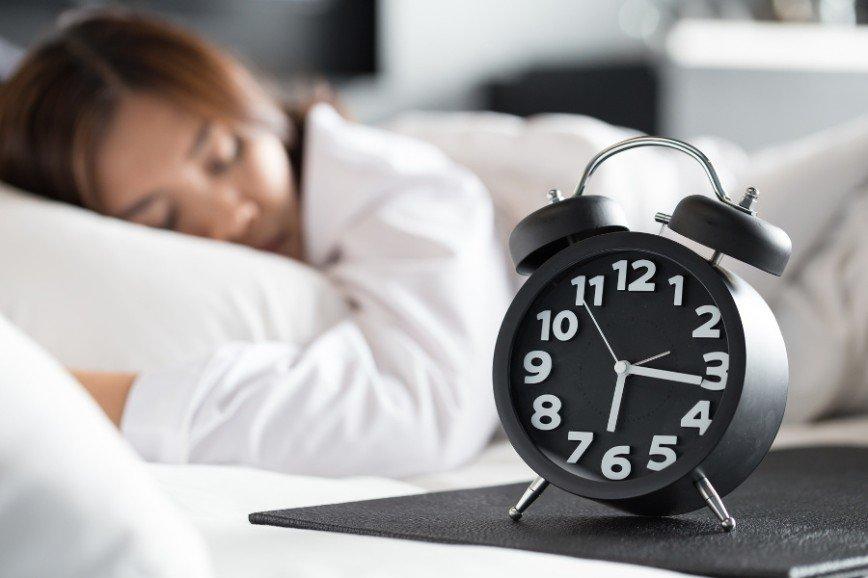 Грамотный режим сна поможет похудеть