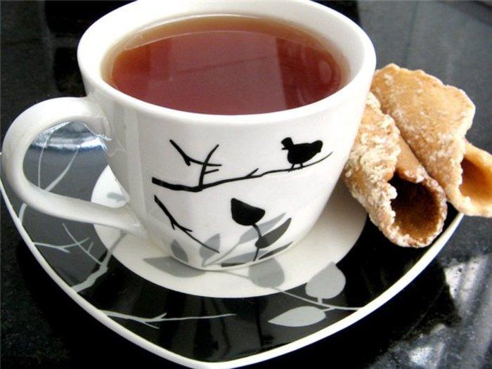 национальная фото чашка чая для тебя штрихами