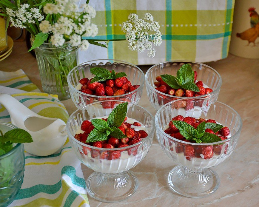 Автор: Bеggy, Фотозал: Мое хобби, Десерт с садовой земляникой