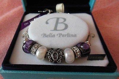 Подвеска или браслет с подвесками - New BELLA PERLINA Butterfly Charm Bracelet Purple White Silver Beads   (Белла ПЕРЛИНА Бабочка Шарм Браслет фиолетовый белый Серебряный бусины, новый в упаковке, подарочной картой)