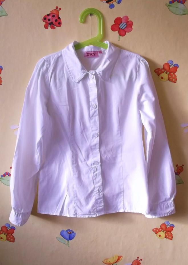 Школьная рубашка д/д, б\у несколько раз. Состояние отличное. Р.140. Цвет белый. Хлопок. продажа 350р,обмен 500
