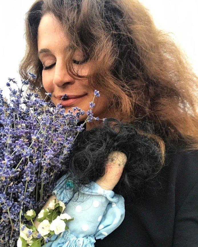 Оксана Фандера поздравила мужа с днем рождения семейным снимком