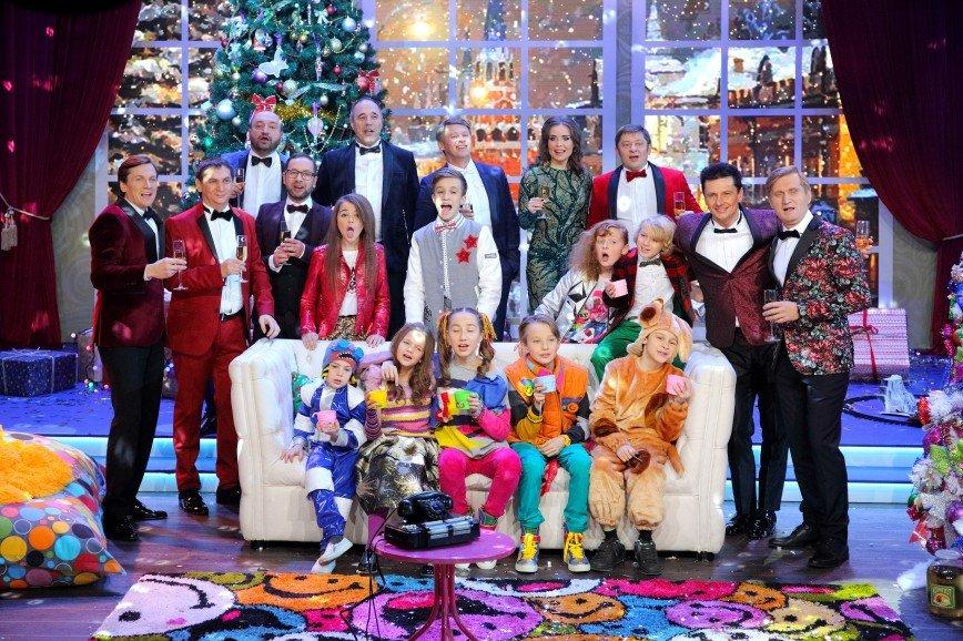 Дмитрий Нагиев встретит Новый год в пижаме: что покажут 31 декабря на СТС