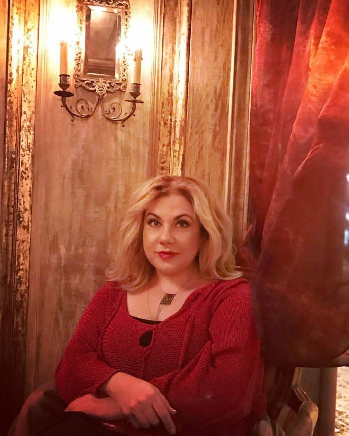 Русалка без дельфина: Марина Федункив сняла свою версию сказки