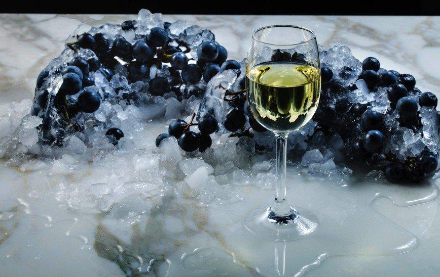 Ледяной подарок природы: что такое айсвайн и чем оно уникально