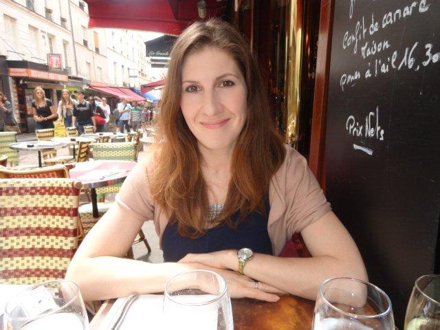 Писатель Дарья Мийе: как делать детей с французом и искупать его в проруби