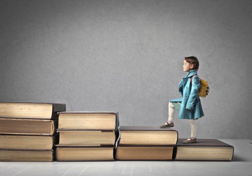 Вставай, в школу пора! Как помочь ребенку перестроиться с отдыха на учебу