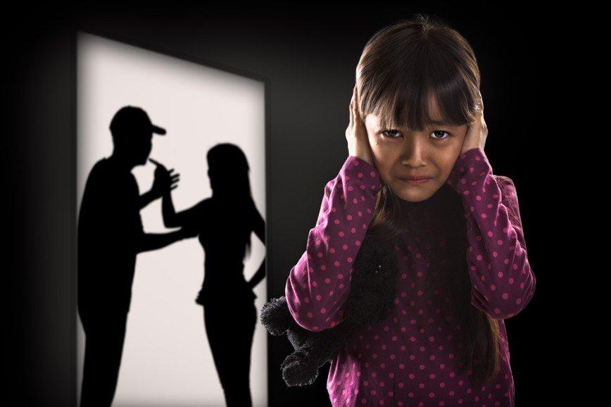 Деньги на бочку: 5 ошибок, которые совершают родители при взыскании алиментов