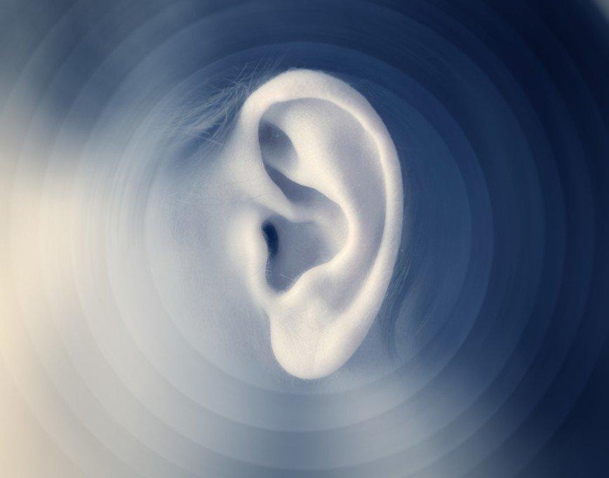 Московские врачи пришили 7-летней актрисе откушенное ухо