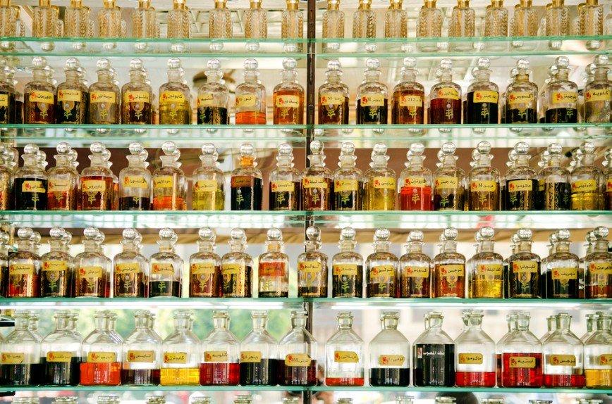 Ароматный этикет: какой парфюм выбрать в театр, а какой в ресторан