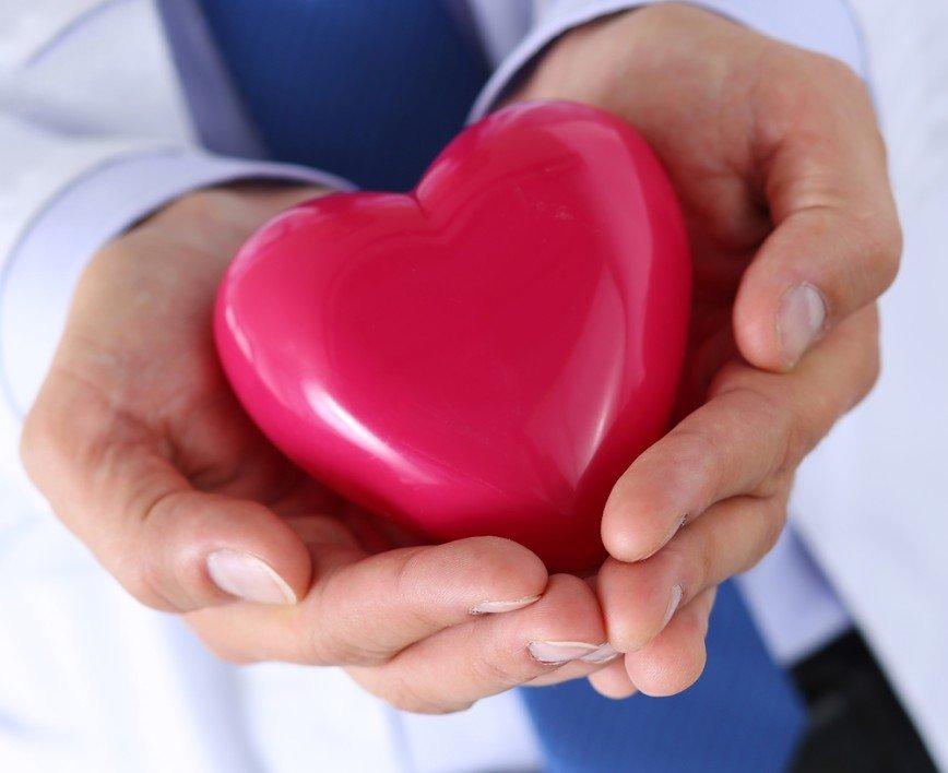 Секс после инфаркта: московские врачи пролили свет на интимную тему