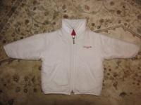 Куртка Trussardi 2-х сторонняя,одна сторона красная,другая белая,утепленная, возрст думаю месяцев 9-12,цена 1000 руб