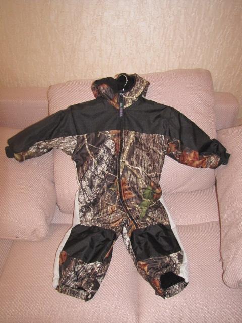 Цена 3460руб Подкладка флис,внутри искуствен.овечья шерсть-комбез легий,но теплый.