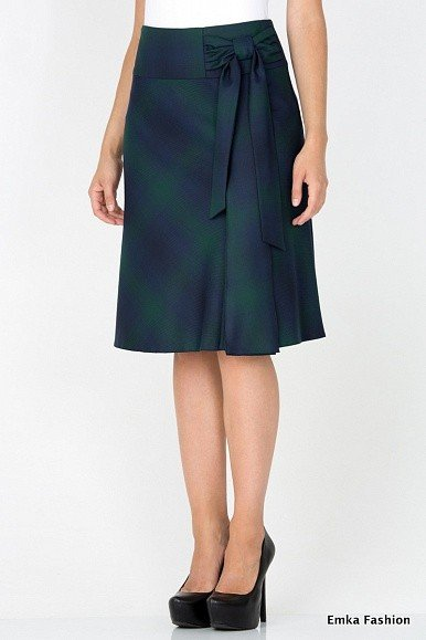 Новая юбка Эмка размер 42 за 1000р