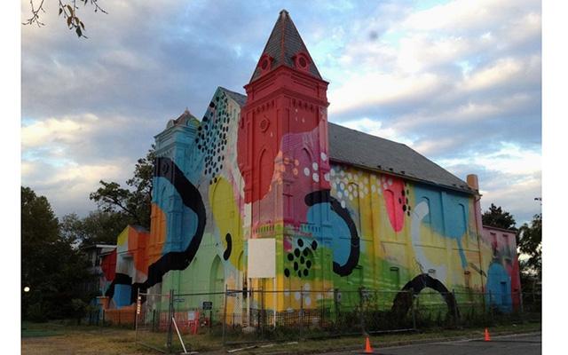 Граффити-роспись баптистской церкви от художника Hense