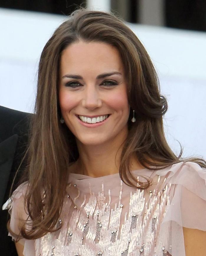 СМИ: Кейт Миддлтон может стать королевой Великобритании в 2016 году.