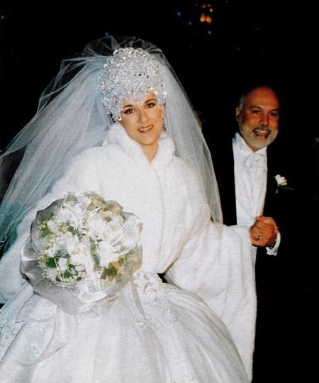 Самые некрасивые невесты из мира звезд: Селин Дион великолепна, хороша, прекрасна. В таком образе можно смело сыграть либо снежную королеву, либо, что будет лучше, предводительницу звездных