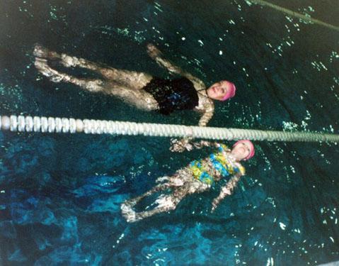В 5 лет - можно и в глубоководный бассейн :)