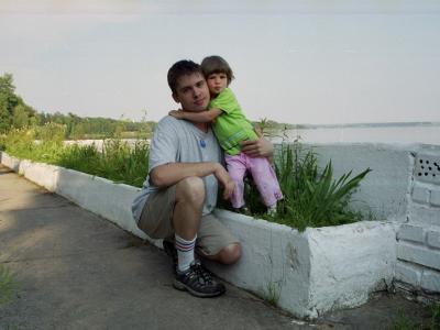 Папа и дочка. На турбазе.