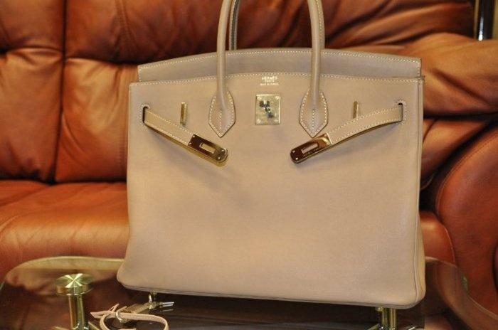 Hermes предлагает носить бумажные сумки