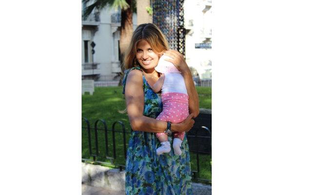 Виктория Боня с малышкой