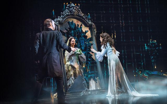 Киркоров и другие на пышной премьере «Призрака оперы»