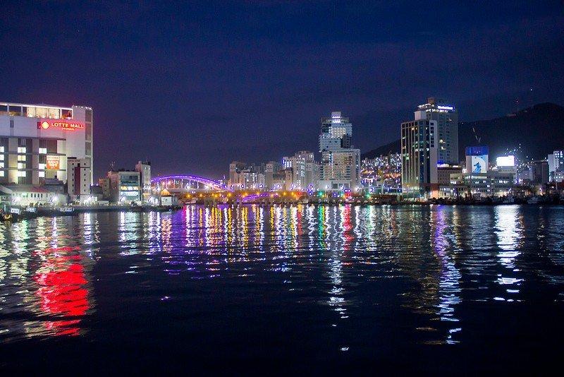 Автор: Розабельверде, Фотозал: Туристические зарисовки, Морская вечерняя прогулка по Пусанской гавани