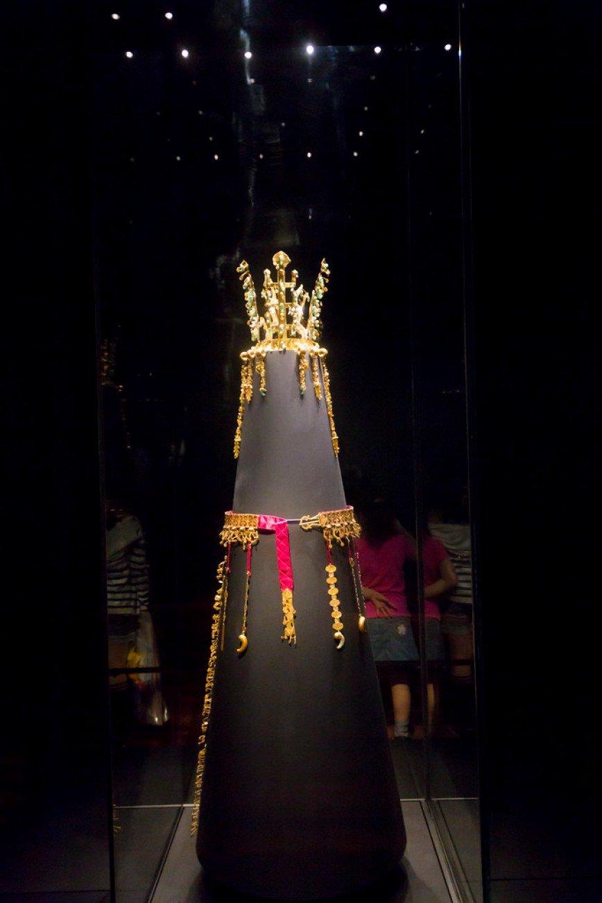 Автор: Розабельверде, Фотозал: Туристические зарисовки, Королевская корона и пояс эпохи Силла.